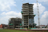 ISIS Wharf Tower under construction June 2007
